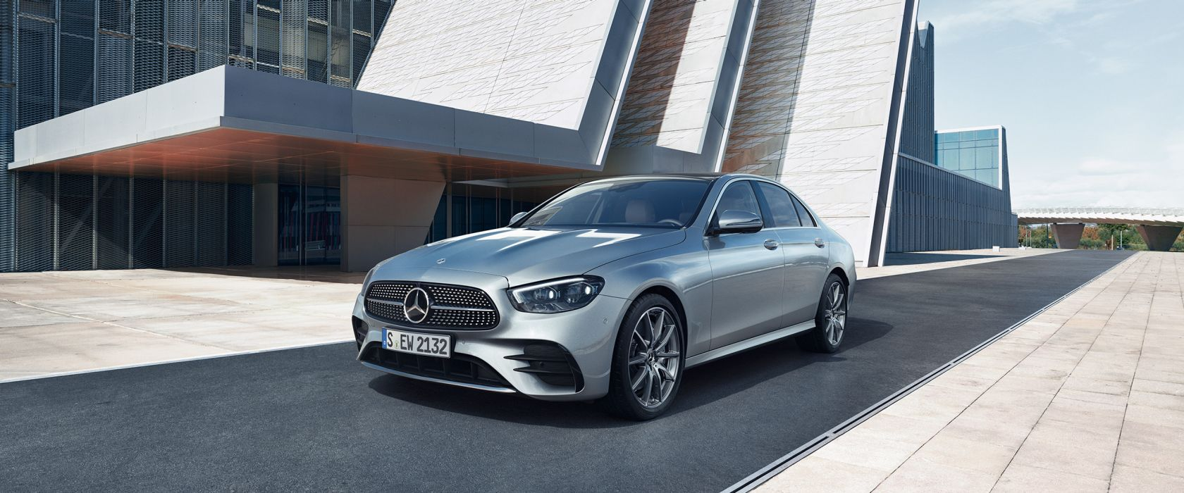 What you need to known about leasing a Mercedes